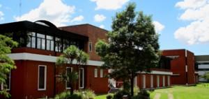Edificio FRLP (UTN), sito en Avenida 60 y 121, Berisso.